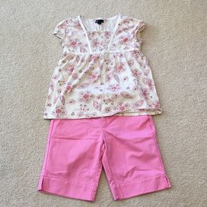 GAP T-shirt and shorts outfit bundle size 10